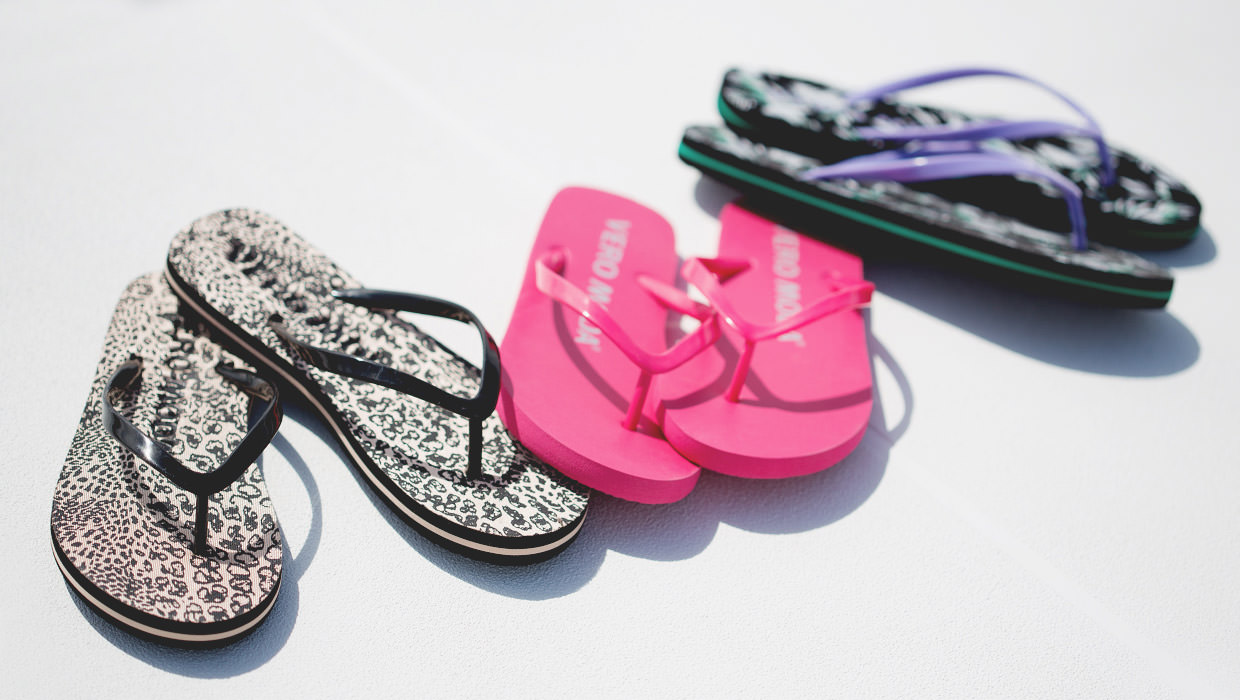 How to Remain Stylish in Flip Flops
